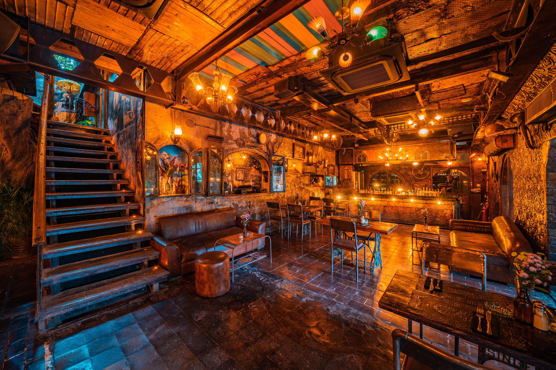 La Favela Main Bar